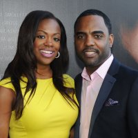Inside <a class=\'celebLink\' href=\'/details/star/9095/kandi-burruss\'><i class=\'icon-star\'></i>Kandi&nbsp;Burruss</a> Wedding: Did Mama Joyce Object? - ARTICLE