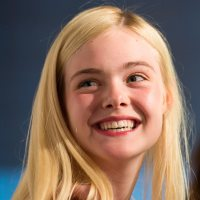 Elle Fanning On Hugging <a class=\'celebLink\' href=\'/details/star/6292/angelina-jolie\'><i class=\'icon-star\'></i>Angelina&nbsp;Jolie</a> and Maleficent Fashion - ARTICLE