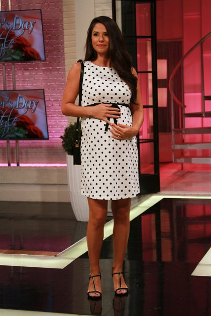 Mother's Day fashions - Polished & pregnant inspired by Kerry Washington
