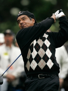 Funny man George Lopez tries to get a hole in one at the event!