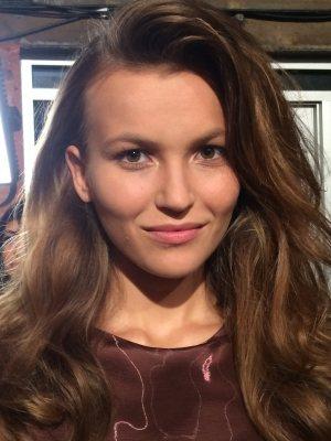 Glam slam marilyn monroe inspired beauty at nyfw access for Laura mercier new york