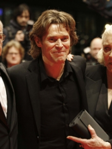 Pauk Schrader, Willem Dafoe & Lauren Bacall at the Berlin Film Festival