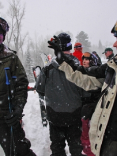 It's trouble in the snow in Aspen for Rob Morrow & Fisher Stevens