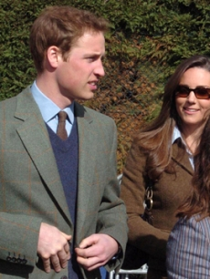 Prince William & Kate Middleton at the horse races in England