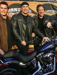 Ray Liotta John Travolta Tim Allen 2 4 07 Wild Hogs Germany AP
