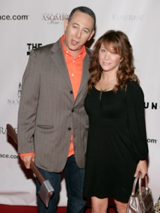 Paul Reubens arrives for the film premiere with Cheri Oteri!