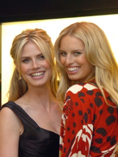 Heidi and fellow Victoria's Secret supermodel Karolina Kurkova