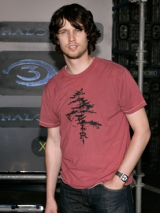Funnyman Jon Heder also at the X-Box 360 event