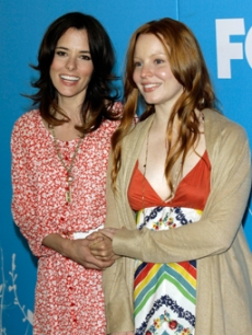 Parker Posey & Lauren Ambrose promote their new show at the upfronts
