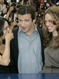 Angelina poses with co-stars Archie Panjabi and Dan Futterman