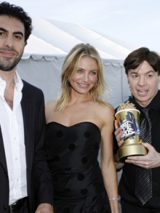 Sacha Baron Cohen, Cameron Diaz, Mike Meyers MTV Movie Awards 07 AP