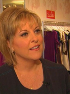 CNN's Nancy Grace announced she's married & pregnant with twins