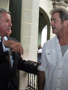 Mel Gibson meets with Guatemala's President, Oscar Berger
