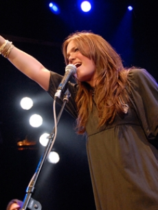 Mandy Moore belts out a hit at the House of Blues in WeHo