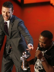 Timbaland and Justin Timberlake perform