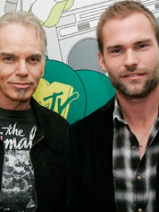 Thornton, Billy Bob - Seann William Scott MTV TRL 9 12 '07 AP 1