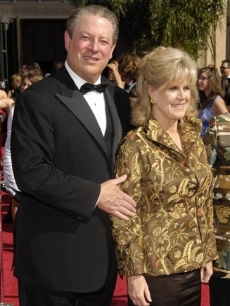 Al and Tipper Gore hit the scene