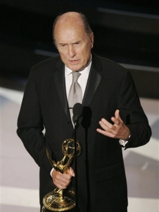 Robert Duvall wins Outstanding Actor in a Miniseries