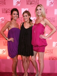 Conrad, Lauren 'LC' - Audrina Patridge - Whitney Port Blunt, James NY 9 18 '07 AP 1