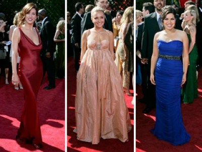 Watch the stars light up the 2007 Emmys red carpet...