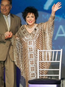 Elizabeth Taylor at the Macy's Passport charity benefit in NY