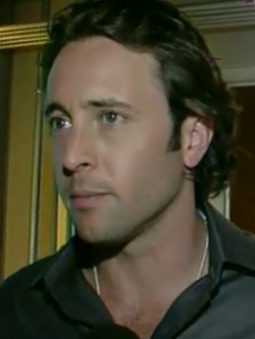Alex Oloughlin, Moonlight, access blurb 2