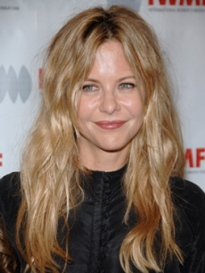 Meg Ryan also arrives to the ceremony