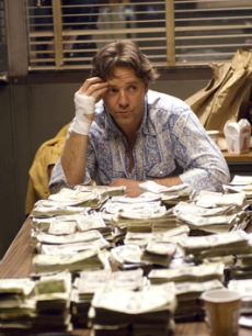 Russell Crowe hard at work