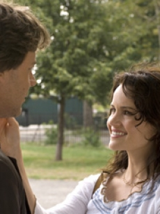 Russell Crowe and Carla Gugino