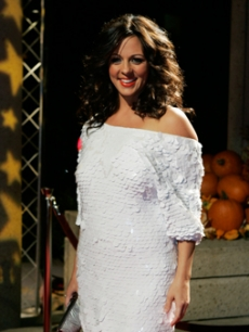 Sara Evans arrives to the BMI Country Awards