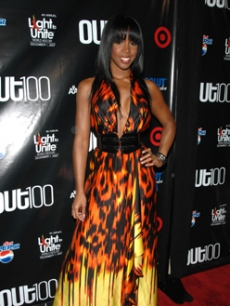 Kelly Rowland wears a fiery gown to the NY gala