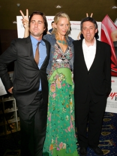 Luke Wilson, Uma Thurman, and Ivan Reitman together on the carpet