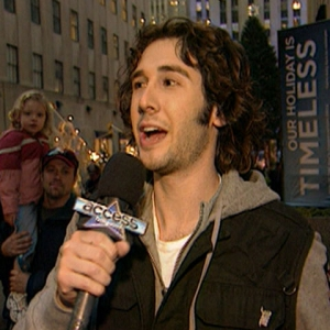 Video 189409 - Josh Groban Sings &#039;Noel&#039; This Christmas