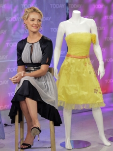 Katherine Heigl promoting her new movie '27 Dresses' on the 'Today' show