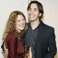 Justin Long and Drew Barrymore arrive at premiere of &#039;Vince Vaughn&#039;s Wild West Comedy Show&#039; in LA