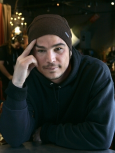 Josh Hartnett poses for pictures before the premiere of his film 'August' at Sundance