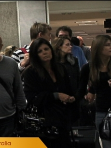 Heath Ledger&#039;s family arrives in Los Angeles