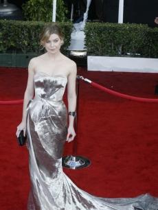 Ellen Pompeo decked out in silver