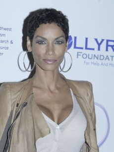 Nicole Murphy at the Celebrity Fashion Show/Benefit Auction 