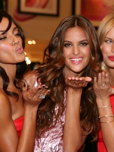 Victoria's Secret Angels' Izabel Goulart, Karolina Kurkova and Selita Ebanks