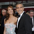 George Clooney and girlfriend Sarah Larson looking good on Oscar red carpet