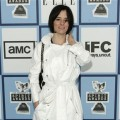 Indie queen Parker Posey arrives to the 2008 Independent Spirit Awards