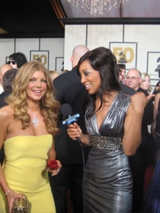 Shaun Robinson interviews Fergie at the 2008 Grammy Awards
