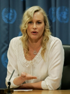 Daryl Hannah speaking at a news conference centered on climate change at the United Nations