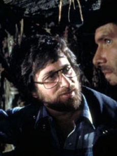 Steven Spielberg chats with Harrison Ford on the set of 'Raider of the Lost Ark'