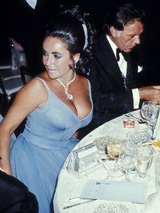 Elizabeth Taylor a Best Actress Nominee at the 1970 Academy Awards wearing Edith Head.