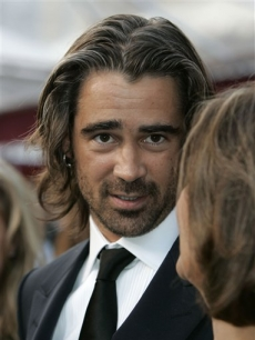 Dublin-born actor Colin Farrell looks fetching on the Oscar red carpet