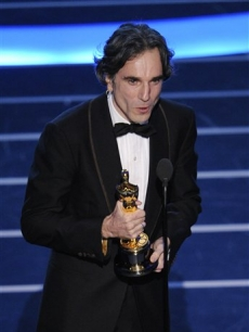 Daniel Day-Lewis wins the Oscar for Best Actor for 'There Will Be Blood'