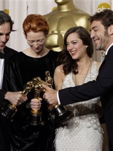 Daniel Day-Lewis, Tilda Swinton, Marion Cotillard and Javier Bardem backstage