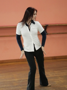 Priscilla Presley practicing her routine for 'Dancing with the Stars'